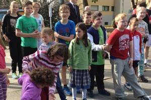 wartende Kinder auf den Startschuss