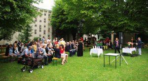 Graswurzelgottesdienst auf der Kirchwiese am 03. Juli 2016